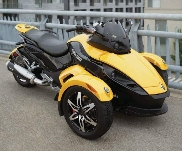 Мотоцикл BRP Can-am Can Am Spyder Roadster SE5 2008