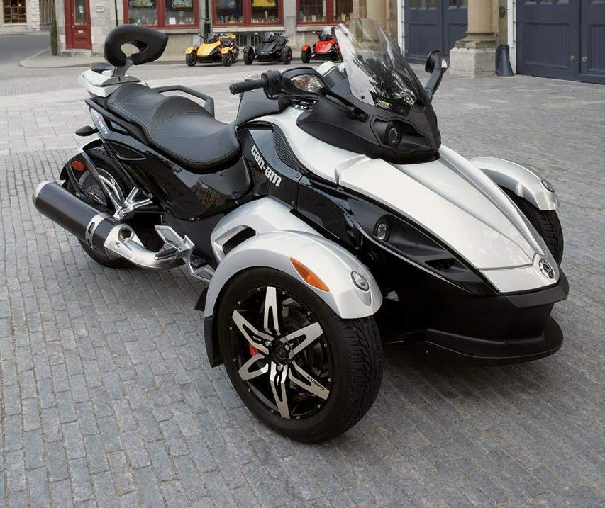 Мотоцикл BRP Can-am Can Am Spyder Roadster SM5 2008