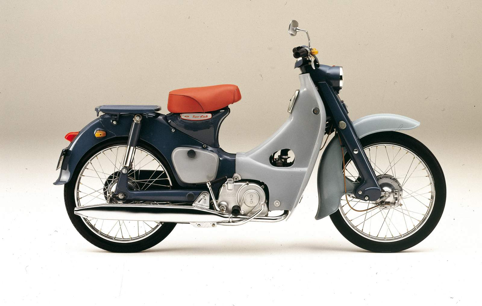 Мотоцикл Honda C 70 Super Cub Scooter) 1969