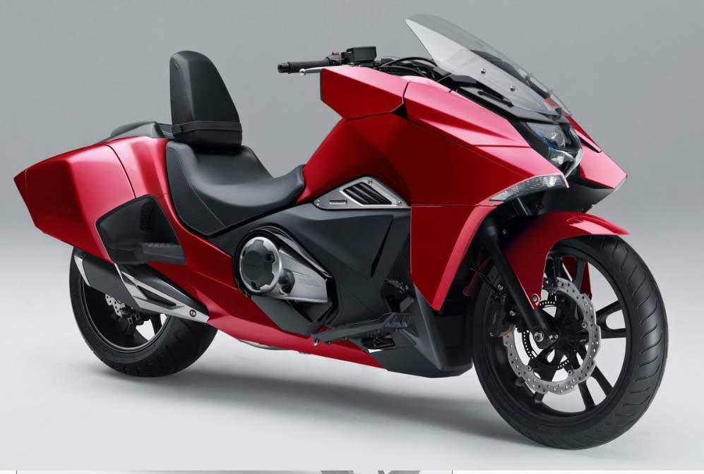Мотоцикл Honda NM4 Vultus 2016