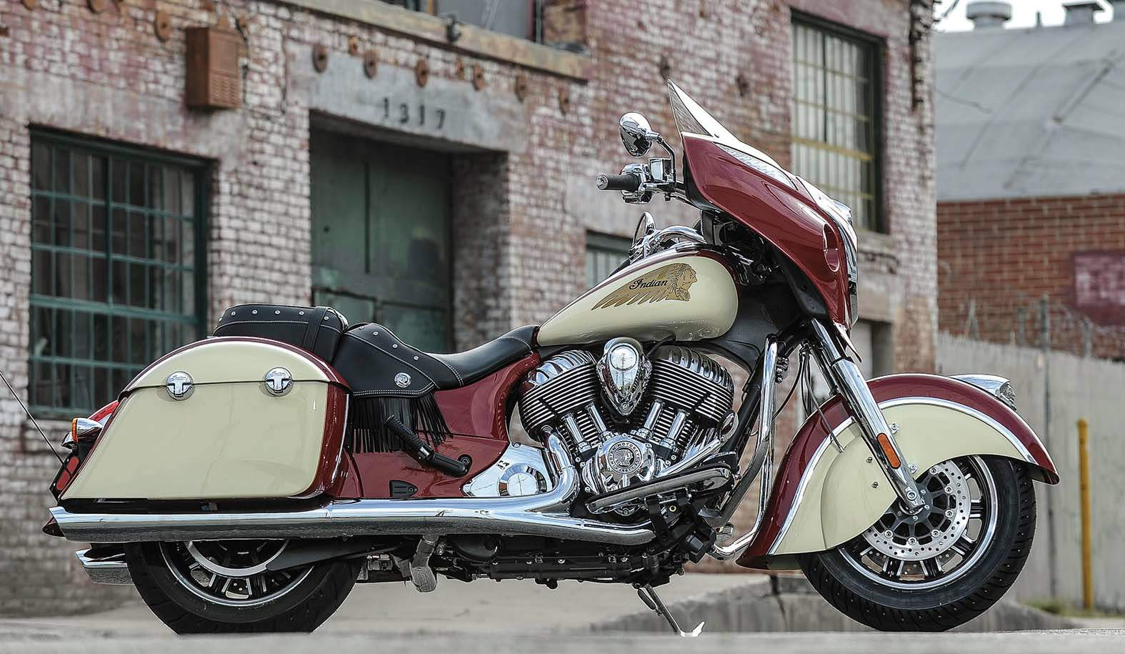 Мотоцикл Indian Chieftain 2015