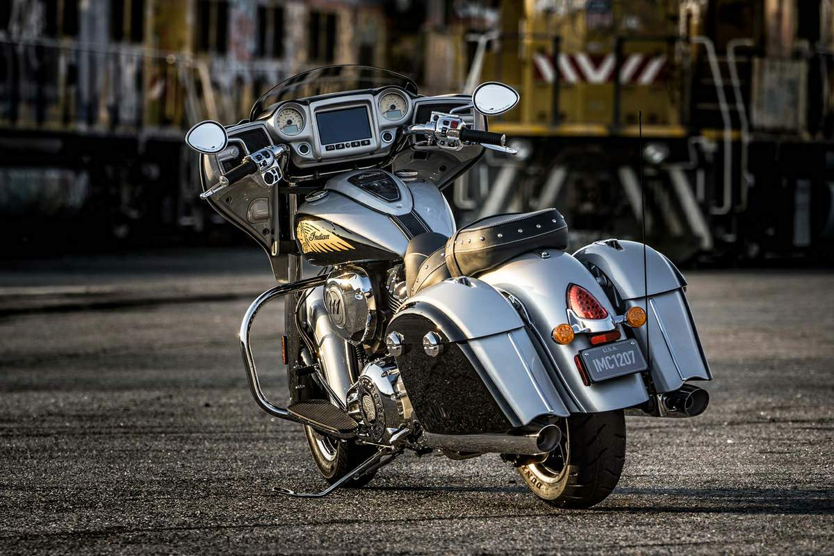 Мотоцикл Indian Chieftain 2017